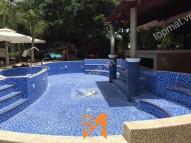 Gạch mosaic bể bơi