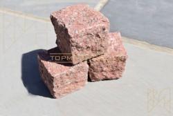 Đá cubic granite đỏ
