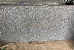 Đá granite đen An Lão khò lửa 30x60x2cm