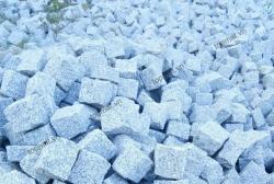 Đá cubic granite trắng Suối Lau 10x10x8cm