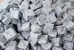 Đá cubic granite trắng Suối Lau 10x10x5cm